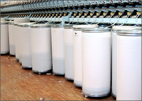 Cylindrical containers for the textile industry